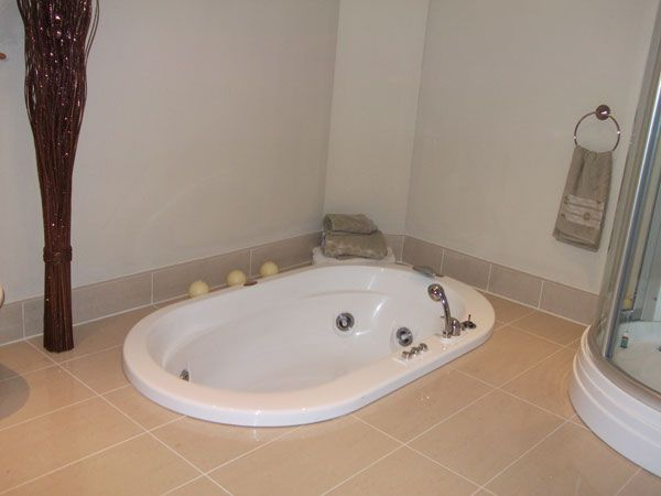Projects Bathroom In New Build House M Amp N Contracts Ltd
